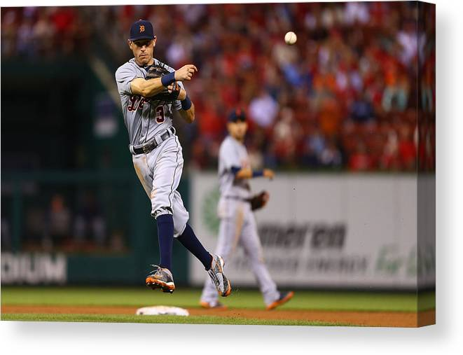 People Canvas Print featuring the photograph Ian Kinsler by Dilip Vishwanat