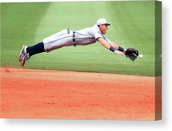People Canvas Print featuring the photograph Ian Kinsler by Stacy Revere