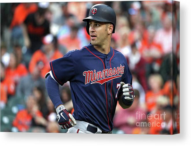Looking Over Shoulder Canvas Print featuring the photograph Joe Mauer by Patrick Smith