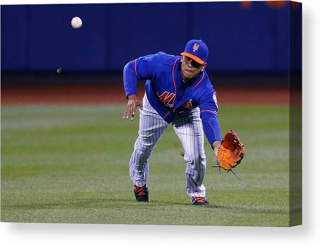 People Canvas Print featuring the photograph Juan Lagares by Mike Stobe