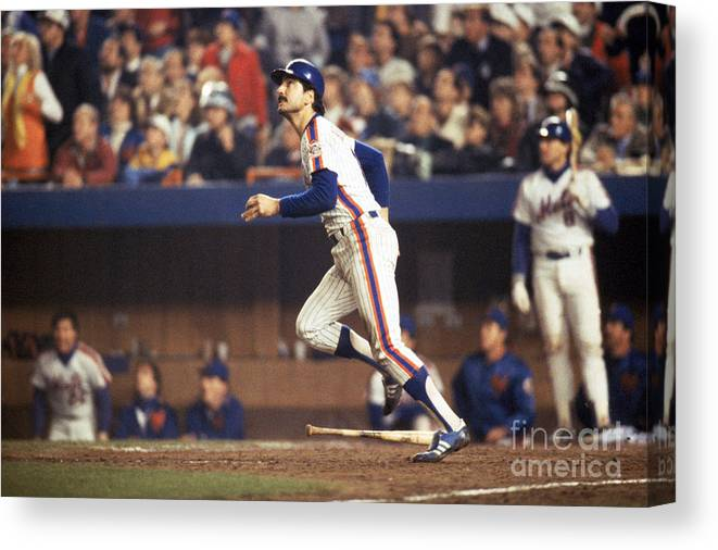 1980-1989 Canvas Print featuring the photograph Keith Hernandez by T.g. Higgins