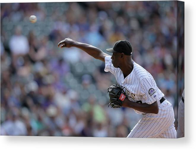 Working Canvas Print featuring the photograph Latroy Hawkins by Doug Pensinger
