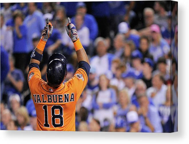 Second Inning Canvas Print featuring the photograph Luis Valbuena by Ed Zurga