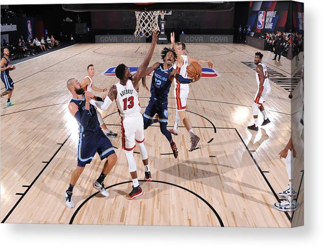 Nba Pro Basketball Canvas Print featuring the photograph Memphis Grizzlies v Miami Heat by David Dow