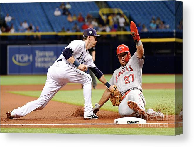 People Canvas Print featuring the photograph Mike Trout by Julio Aguilar