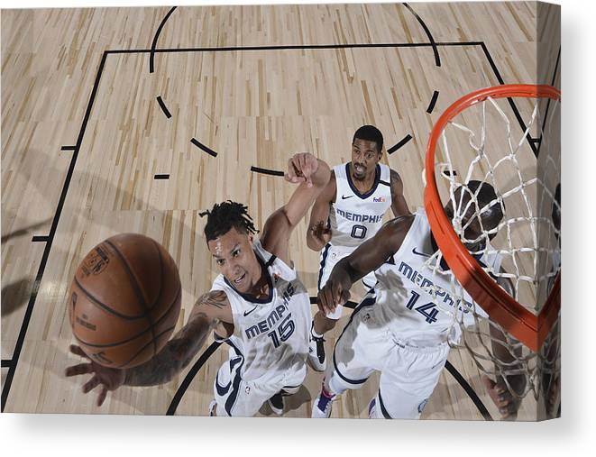 Nba Pro Basketball Canvas Print featuring the photograph Oklahoma City Thunder v Memphis Grizzlies by Joe Murphy