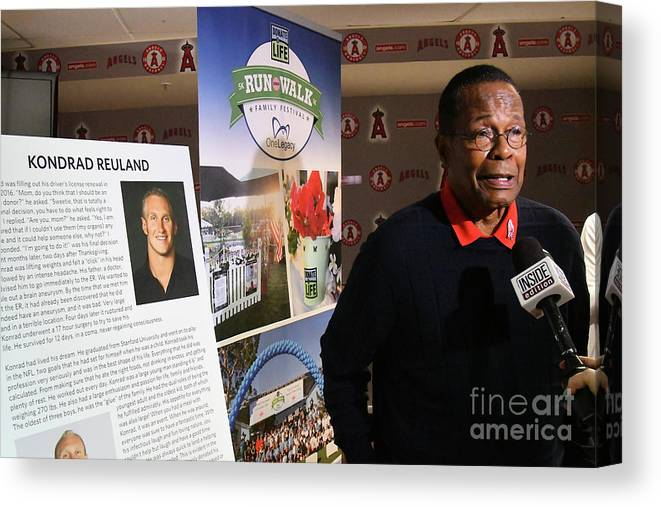 People Canvas Print featuring the photograph Rod Carew by Jayne Kamin-oncea