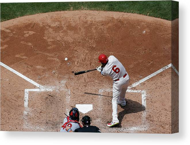 St. Louis Cardinals Canvas Print featuring the photograph Ryan Howard by Brian Garfinkel