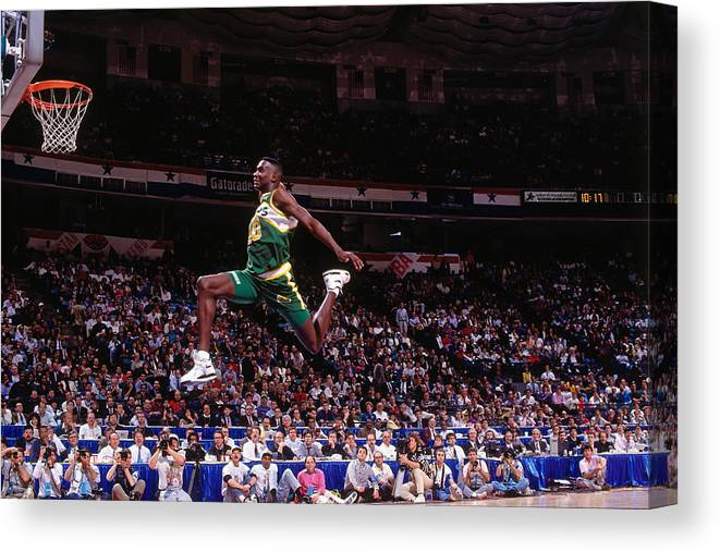 Nba Pro Basketball Canvas Print featuring the photograph Shawn Kemp by Nathaniel S. Butler
