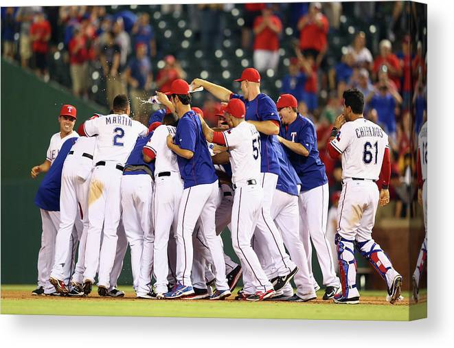 People Canvas Print featuring the photograph Shin-soo Choo by Ronald Martinez