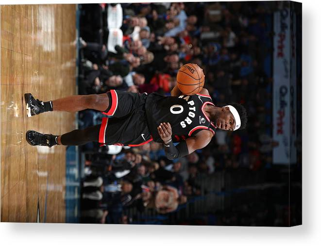 Nba Pro Basketball Canvas Print featuring the photograph Toronto Raptors v Oklahoma City Thunder by Zach Beeker