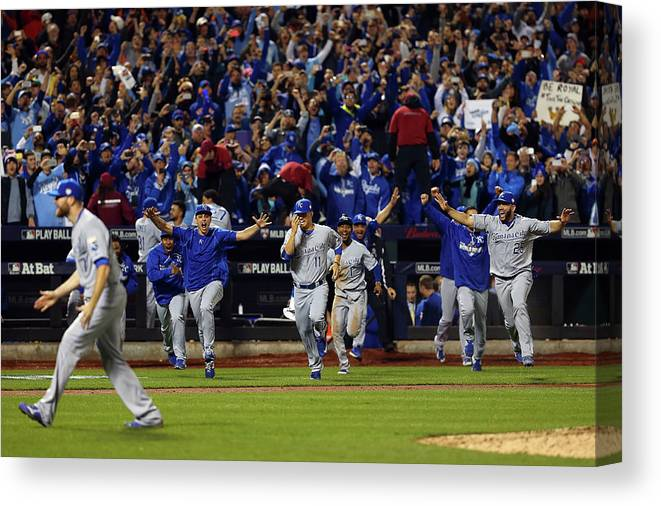People Canvas Print featuring the photograph Wade Davis by Elsa