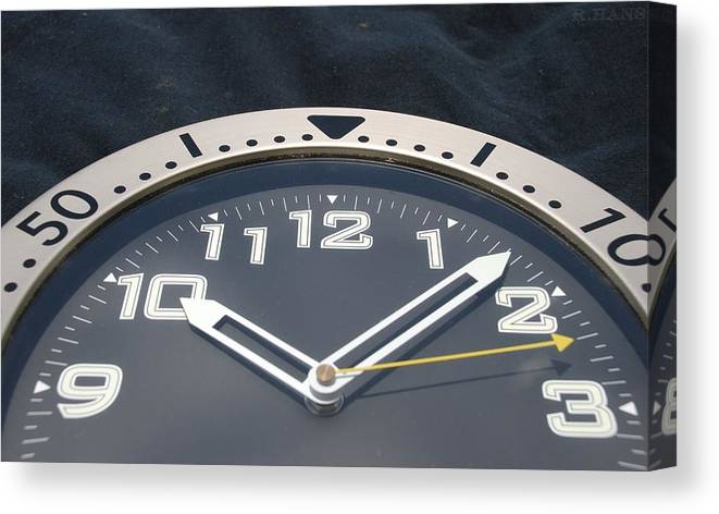 Clock Canvas Print featuring the photograph Clock Face by Rob Hans