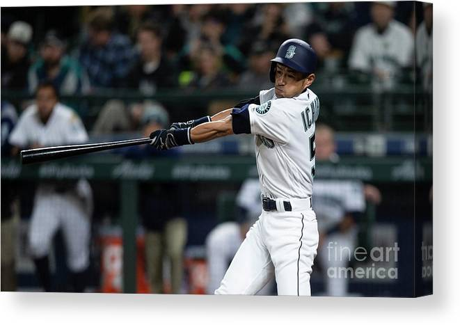Three Quarter Length Canvas Print featuring the photograph Ichiro Suzuki by Stephen Brashear