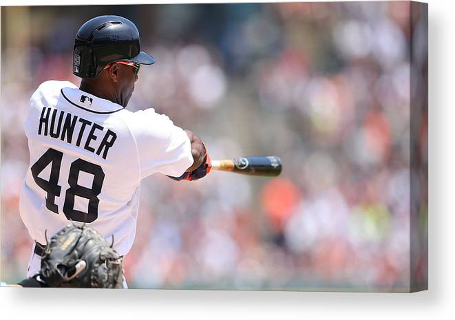 American League Baseball Canvas Print featuring the photograph Torii Hunter by Leon Halip