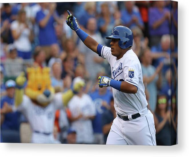 Second Inning Canvas Print featuring the photograph Los Angeles Dodgers V Kansas City Royals by Ed Zurga