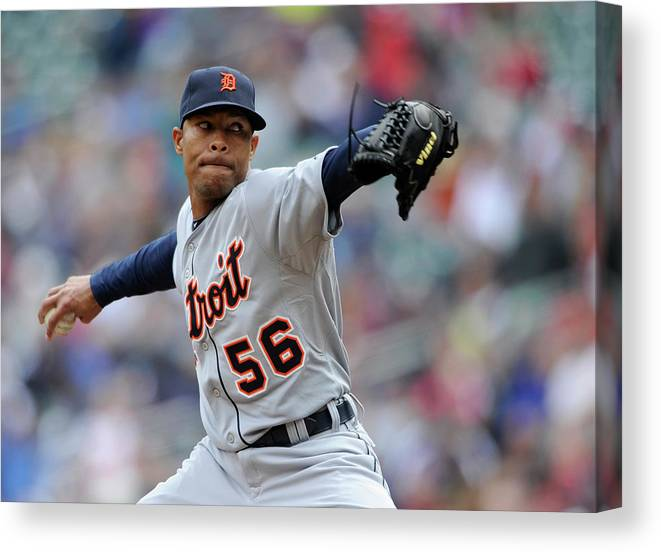 American League Baseball Canvas Print featuring the photograph Detroit Tigers V Minnesota Twins by Hannah Foslien