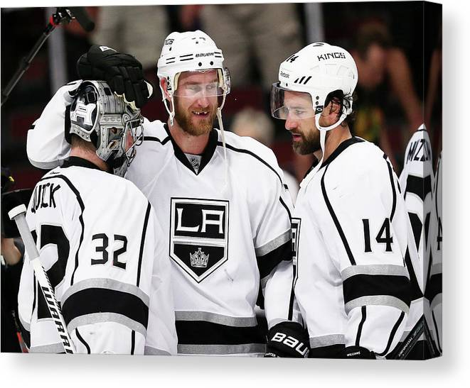 Playoffs Canvas Print featuring the photograph Los Angeles Kings V Chicago Blackhawks by Jonathan Daniel