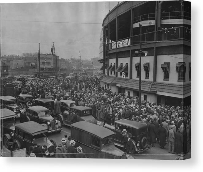 Crowd Canvas Print featuring the photograph Crowd At Wrigley During World Series by Chicago History Museum