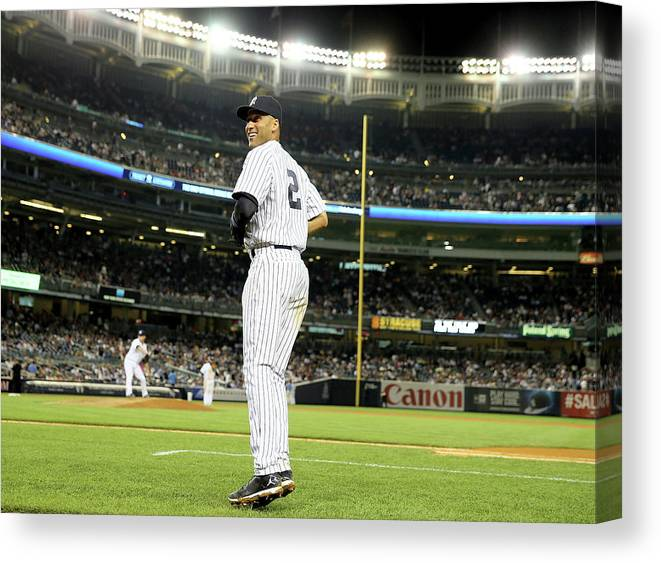 People Canvas Print featuring the photograph Derek Jeter by Elsa