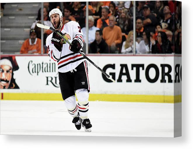 Playoffs Canvas Print featuring the photograph Chicago Blackhawks V Anaheim Ducks - by Harry How