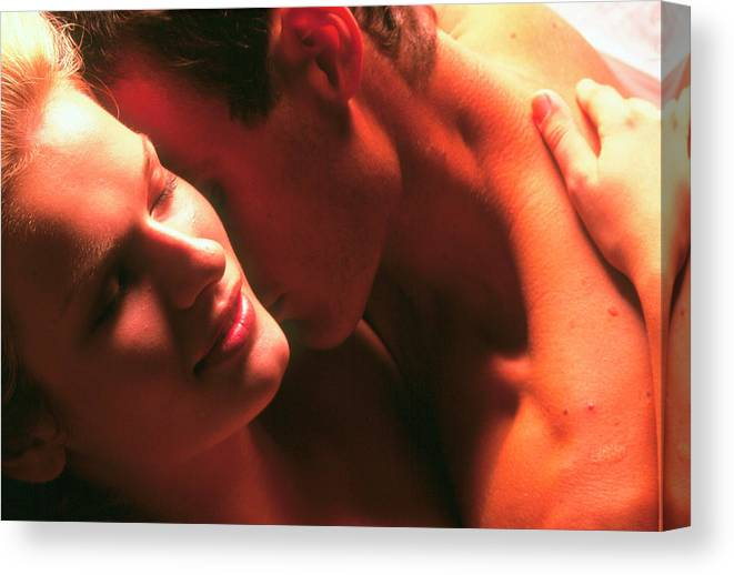 Making Love Canvas Print featuring the photograph Making Love by Mauro Fermariello/science Photo Library