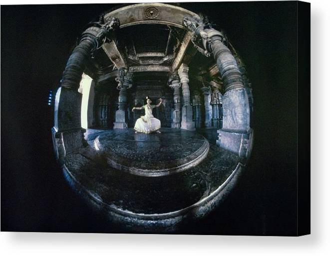 Dance Canvas Print featuring the photograph Shanta Rao Performing In Halebidu Temple by Arnaud de Rosnay