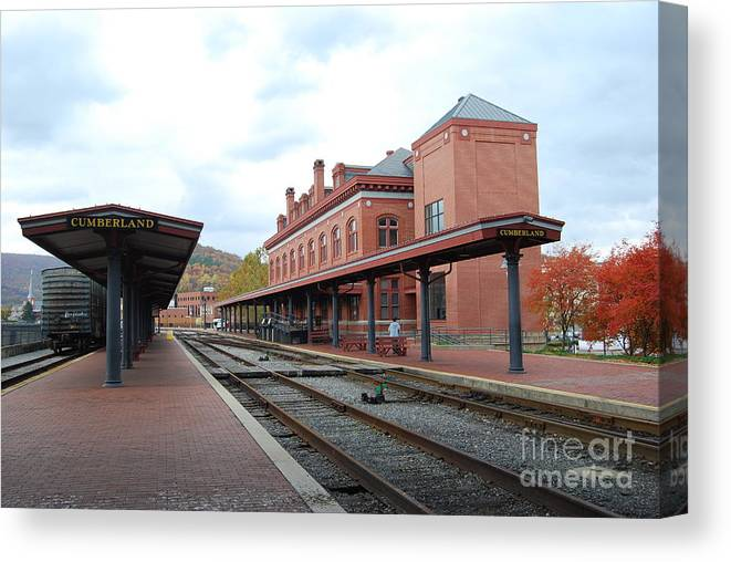 Historic Canvas Print featuring the photograph Cumberland City station by Eric Liller
