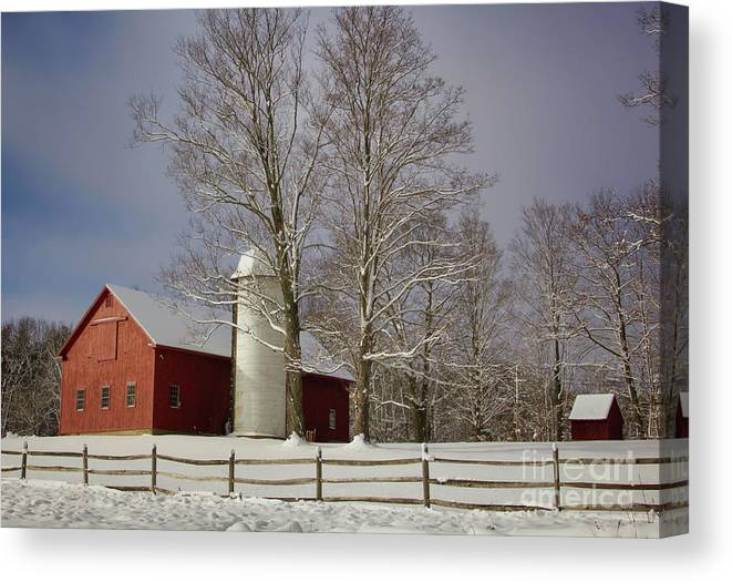Red Barns Canvas Print featuring the photograph Deerfield Red Barn by Diana Nault