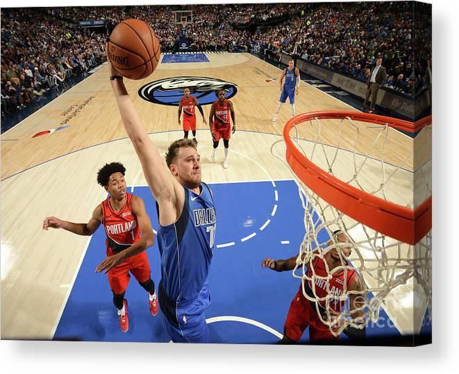 Nba Pro Basketball Canvas Print featuring the photograph Portland Trail Blazers V Dallas by Glenn James