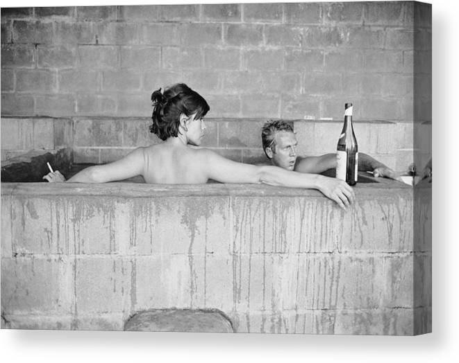 Looking Over Shoulder Canvas Print featuring the photograph Mcqueen & Adams In Sulphur Bath by John Dominis