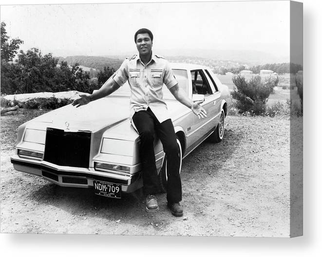 Muhammad Ali - Boxer - Born 1942 Canvas Print featuring the photograph Muhammad Ali Car by Afro Newspaper/gado
