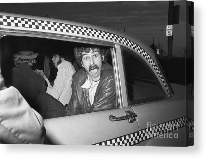People Canvas Print featuring the photograph Phil Jackson In Taxi by Bettmann