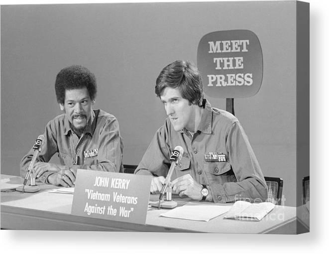 Talkshow Canvas Print featuring the photograph Veterans Hubbard And Kerry On Meet by Bettmann