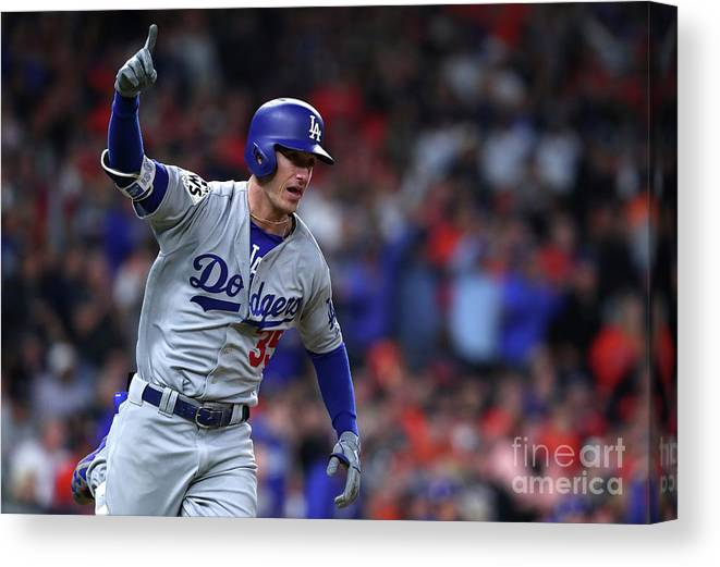 Three Quarter Length Canvas Print featuring the photograph Cody Bellinger by Tom Pennington