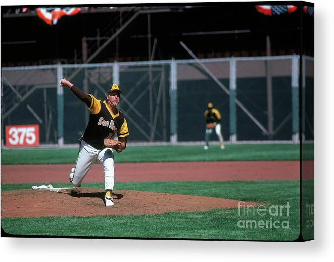 Baseball Pitcher Canvas Print featuring the photograph Gaylord Perry by Michael Zagaris