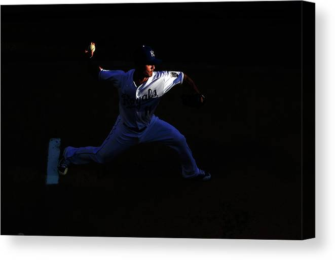 People Canvas Print featuring the photograph Jeremy Guthrie by Jamie Squire