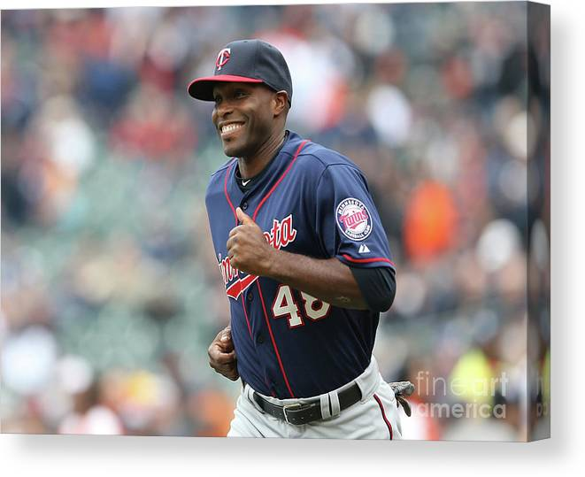 People Canvas Print featuring the photograph Torii Hunter by Leon Halip