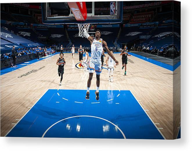 Nba Pro Basketball Canvas Print featuring the photograph San Antonio Spurs v Oklahoma City Thunder by Zach Beeker