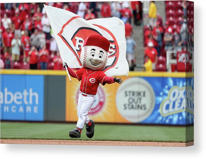 Great American Ball Park Canvas Print featuring the photograph Todd Frazier by Andy Lyons