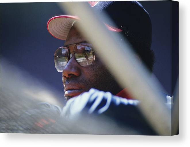 1980-1989 Canvas Print featuring the photograph Bobby Bonds by Ronald C. Modra/sports Imagery