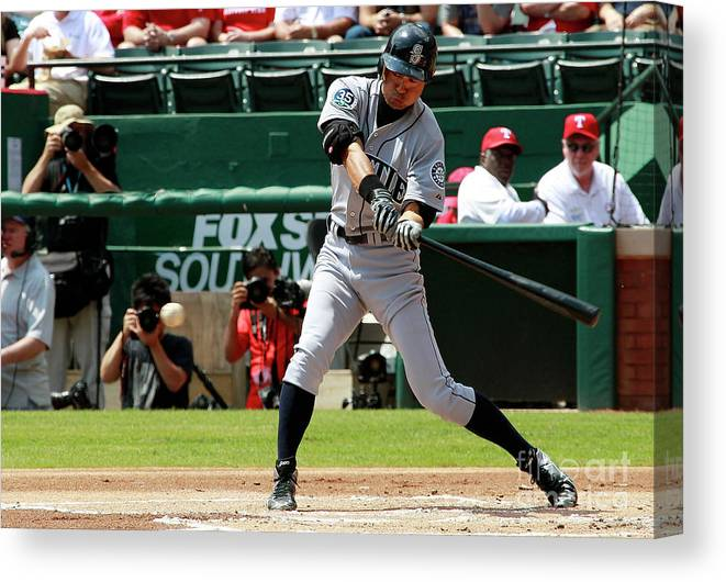 American League Baseball Canvas Print featuring the photograph Ichiro Suzuki by Rick Yeatts