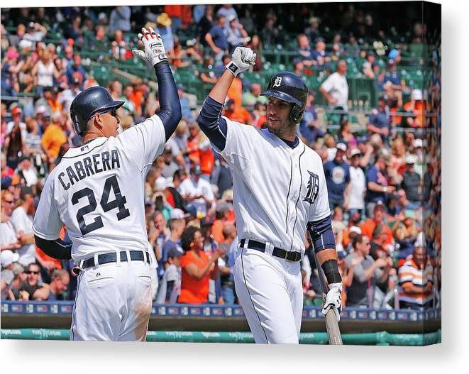 Three Quarter Length Canvas Print featuring the photograph J. D. Martinez by Leon Halip