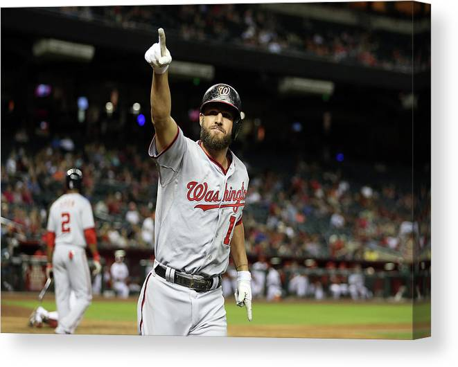 Ninth Inning Canvas Print featuring the photograph Kevin Frandsen by Christian Petersen