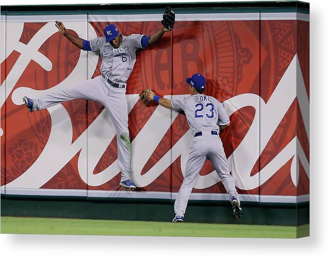 American League Baseball Canvas Print featuring the photograph Lorenzo Cain by Jeff Gross