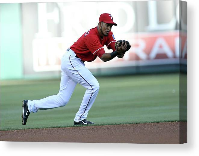 American League Baseball Canvas Print featuring the photograph Nelson Cruz by Rick Yeatts