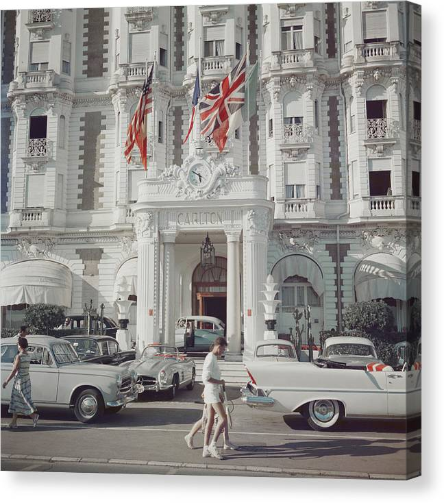 People Canvas Print featuring the photograph Carlton Hotel by Slim Aarons