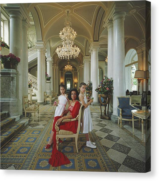 1980-1989 Canvas Print featuring the photograph Droulers And Daughters by Slim Aarons