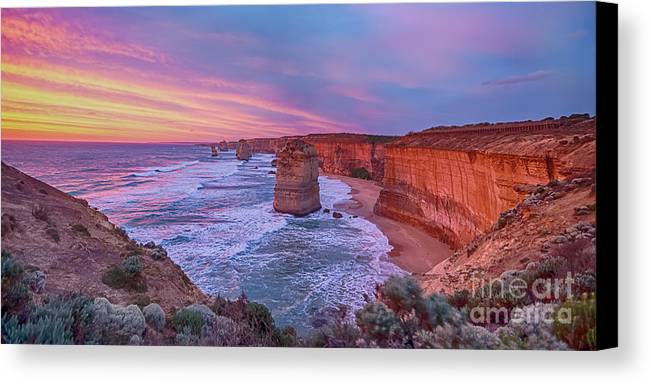 Australia Canvas Print featuring the photograph 12 Apostles At Sunset Pano by Ray Warren