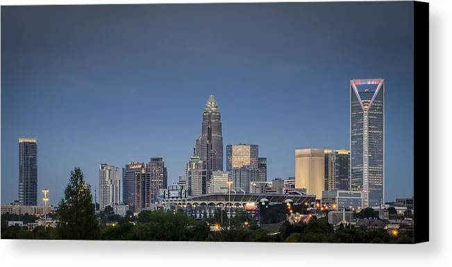 Charlotte Canvas Print featuring the photograph Charlotte Skyline - Clear Evening by Brian Young
